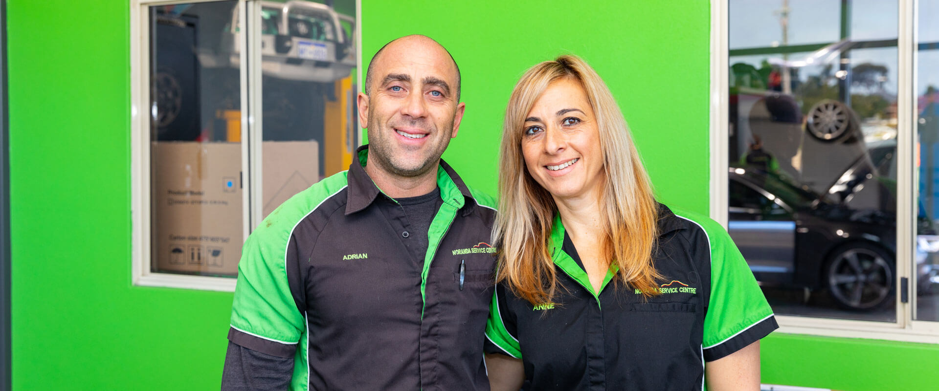 Noranda Service Centre Homepage Image - Car Mechanic and Owners - Anne and Adrian